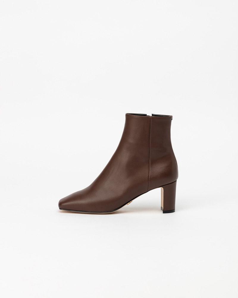 Sartoria Boots in Brown