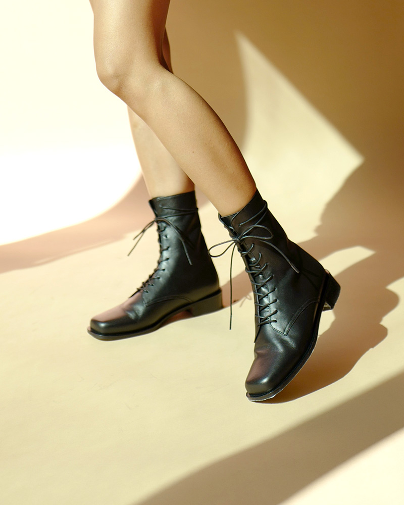 Witan Lace-up Combat Boots in Black