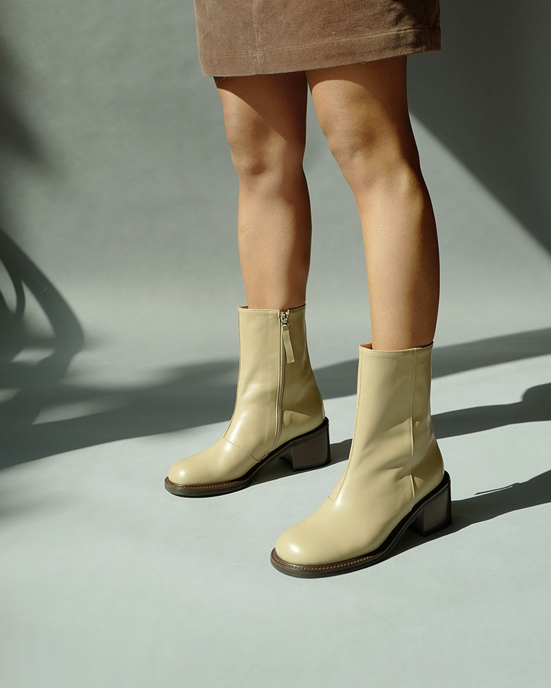 Linden Boots in Papyrus Beige