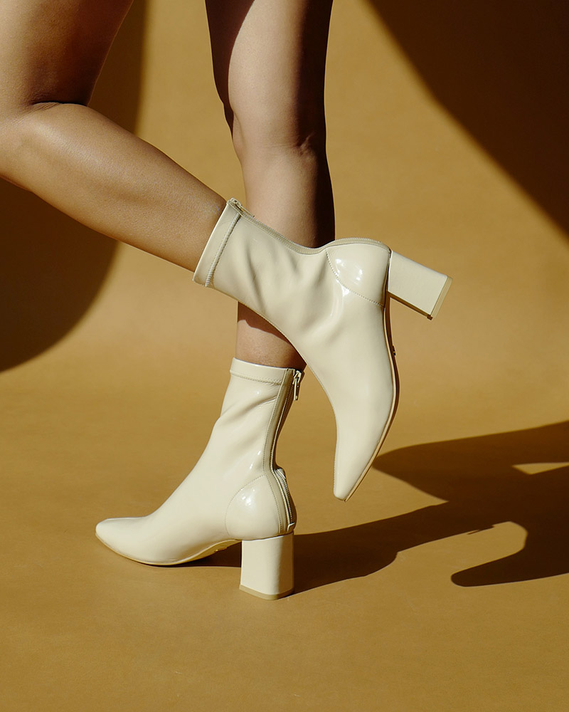 Uno Spandex Leather Boots in Ivory Patent