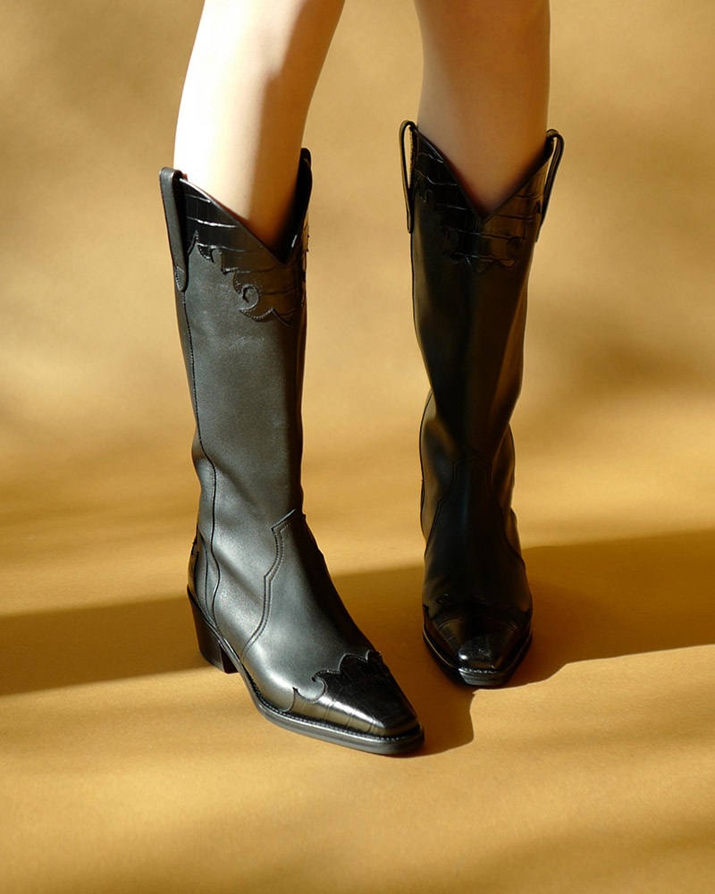 Faver Cowboy Boots in Black