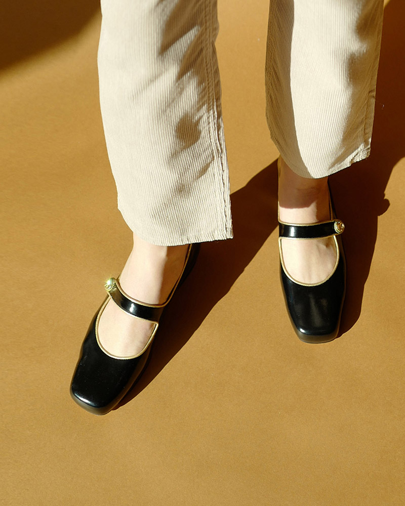 Saison Maryjane Flat Shoes in Black Textured Patent