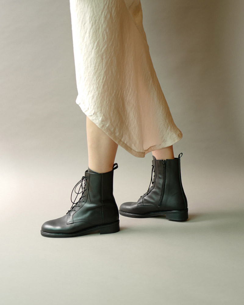 Johanna Combat Boots in Black