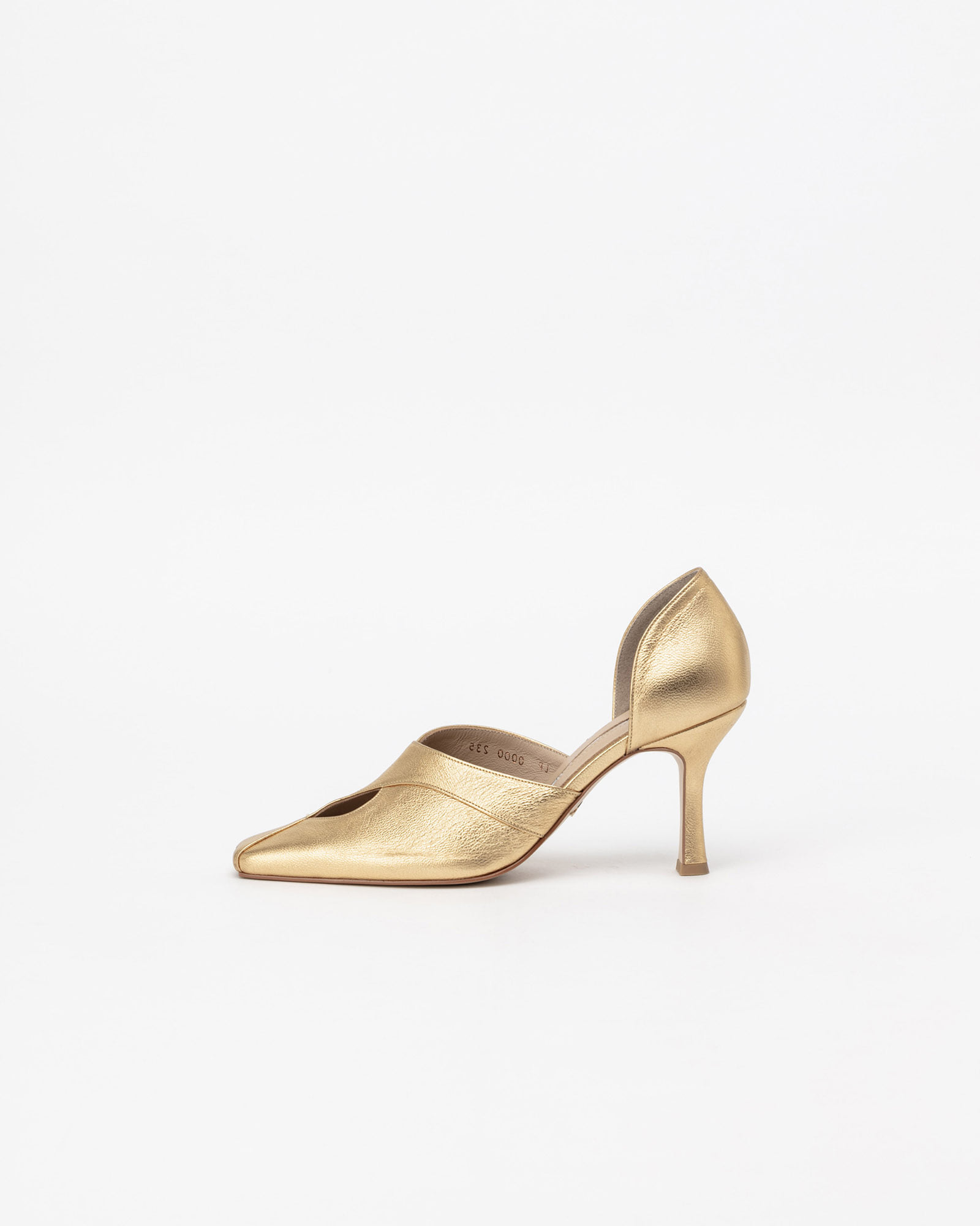 LeBon Pumps in Yellow Gold