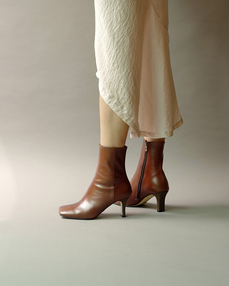 Lamon Boots in Textured Brown