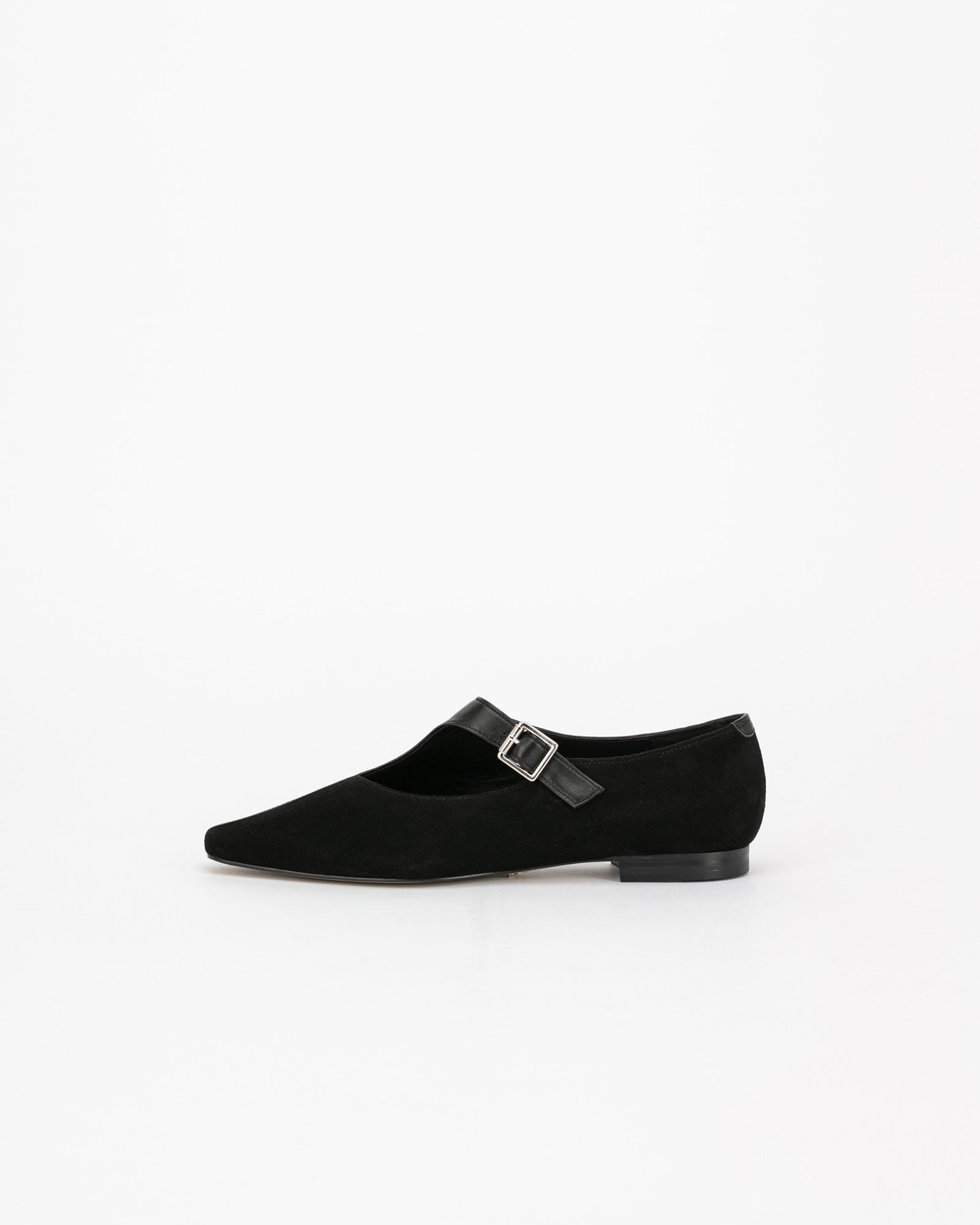 Bruns Strap Flat Shoes in Black
