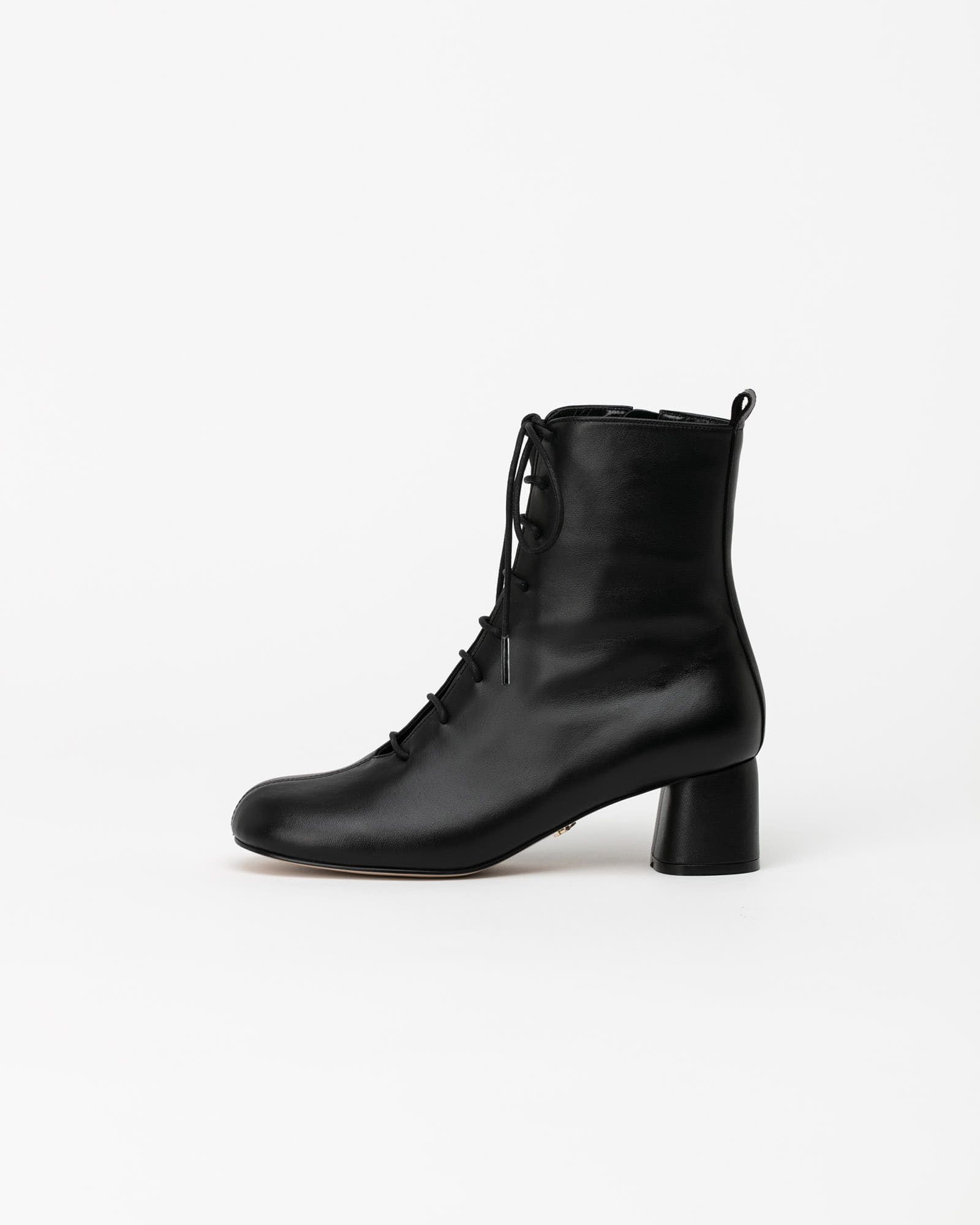 Proton Lace-up Boots in Black