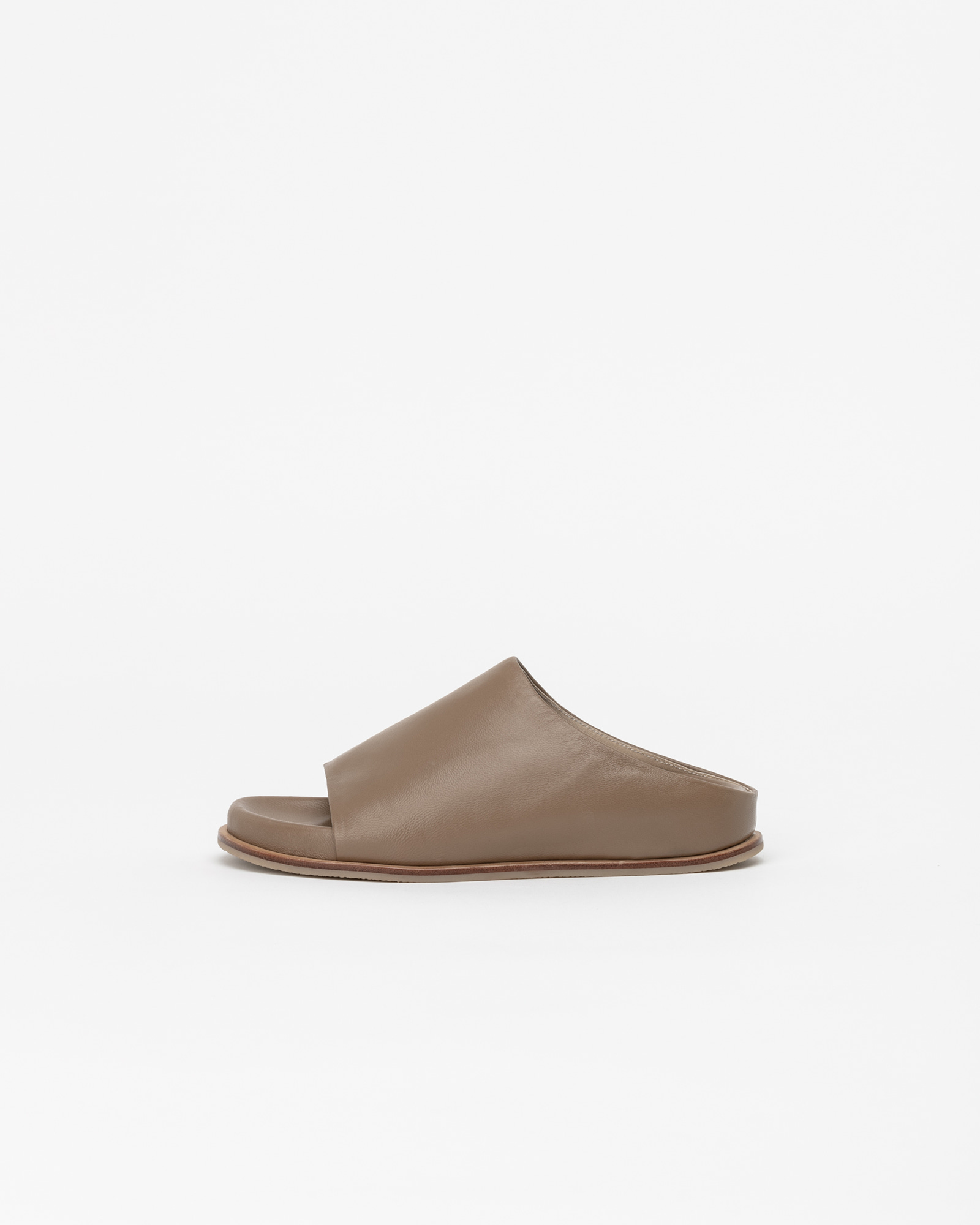 Belmore Super Soft Slides in Mud Beige