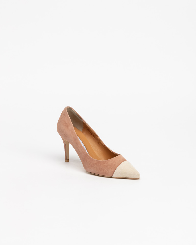 Plaz Pumps in Ivory on Pink