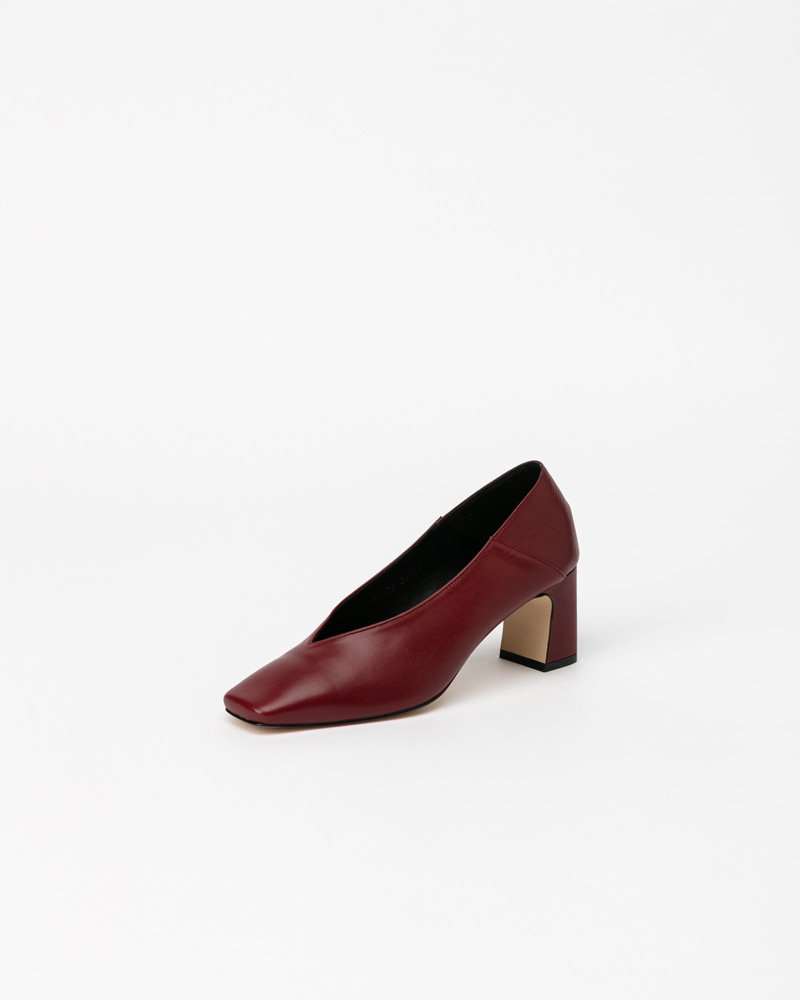 Michelle Pumps in Burgundy Calf