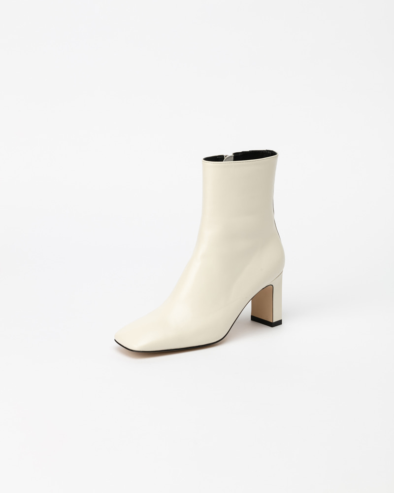 Kategorie Boots in White Lamb