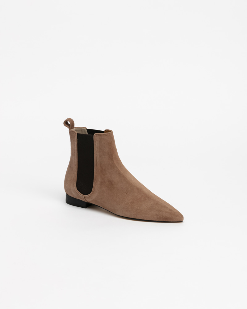 Neverland Chelsea Boots in Cocoa Suede