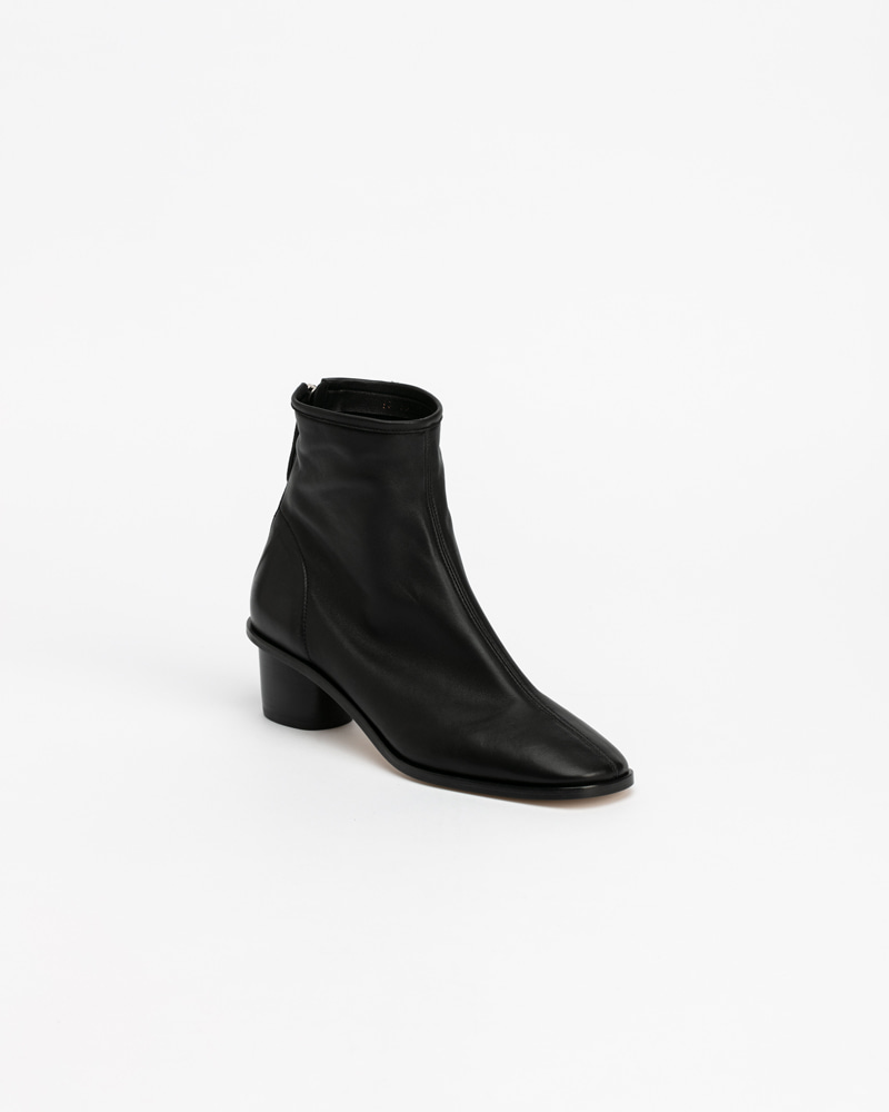 Souple Super Soft Boots in Black