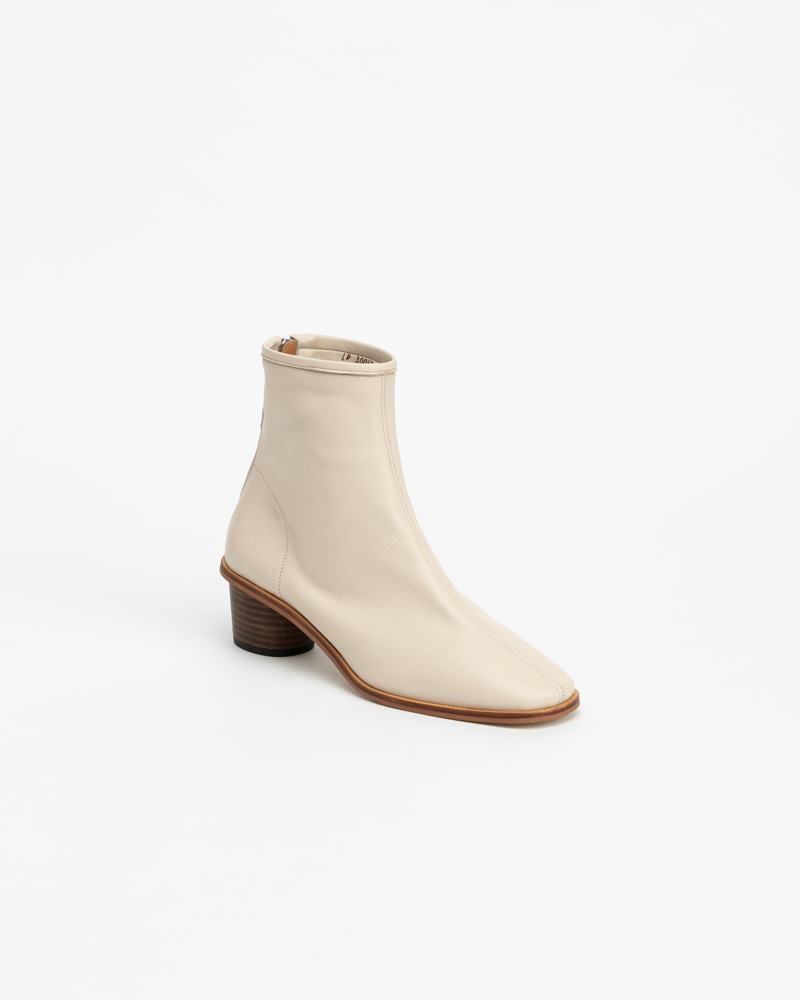 Souple Super Soft Boots in Ivory