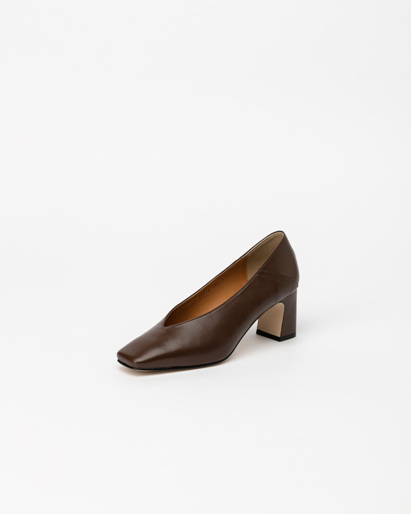 Michelle Pumps in Dark Brown Calf