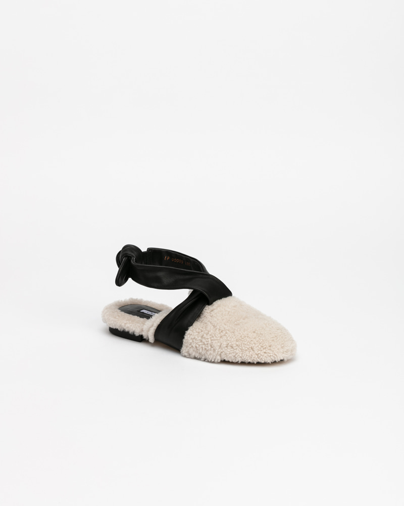 Lamomile Fur Shoes in Ivory