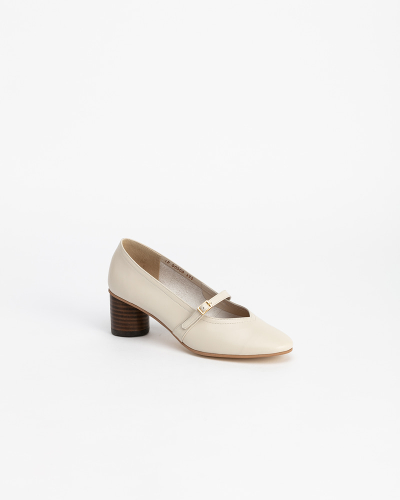 Felice Pumps in Ivory Calf
