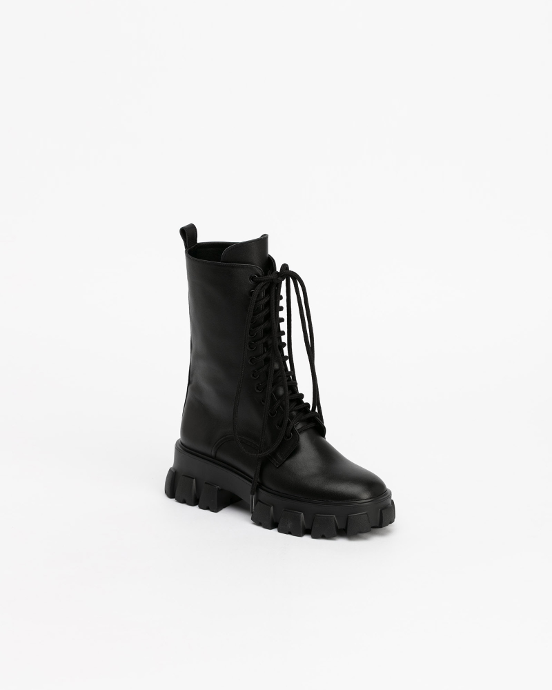 Trigera Low Combat Boots in Black