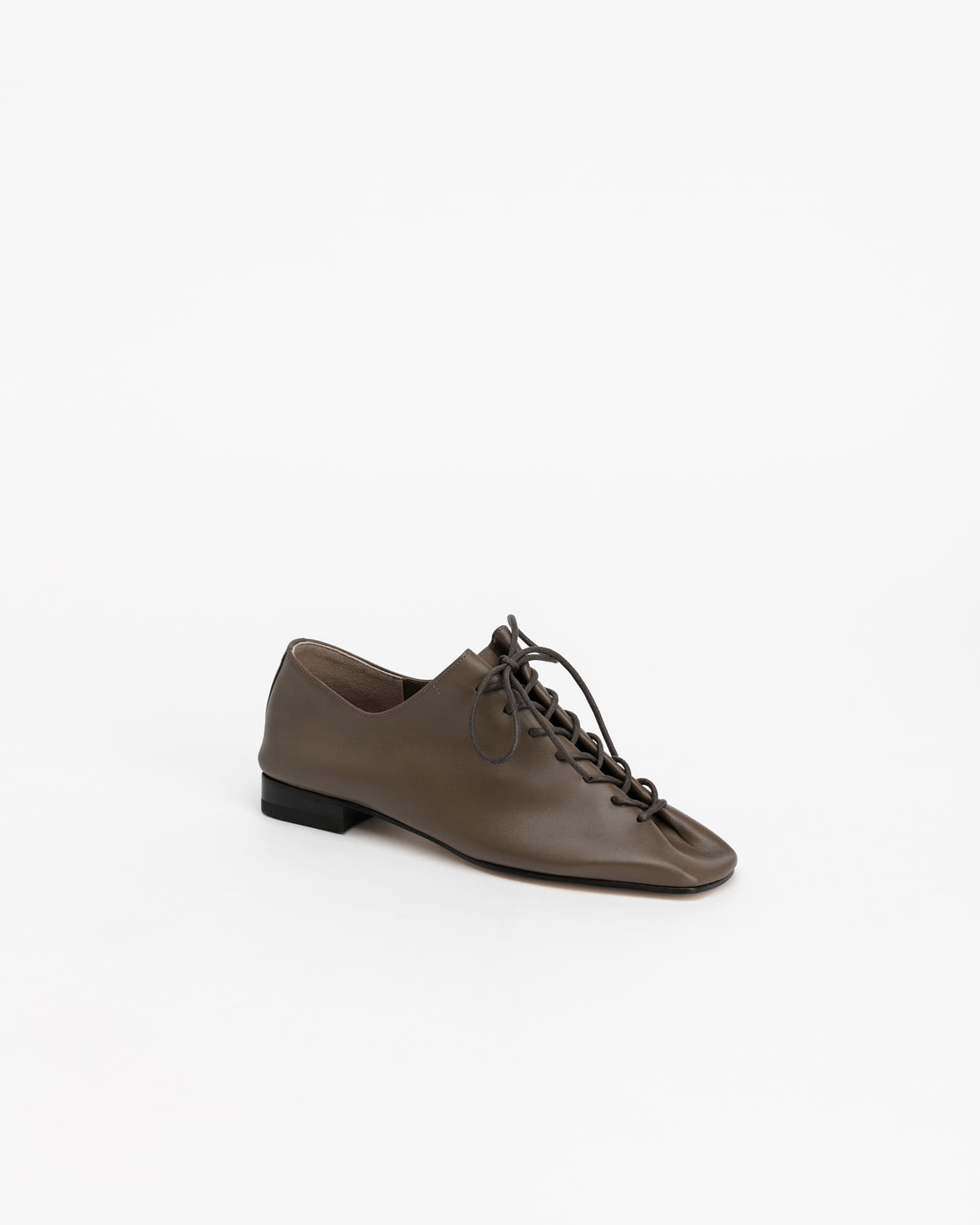 Banon Lace-up Flat Shoes in Khaki Brown