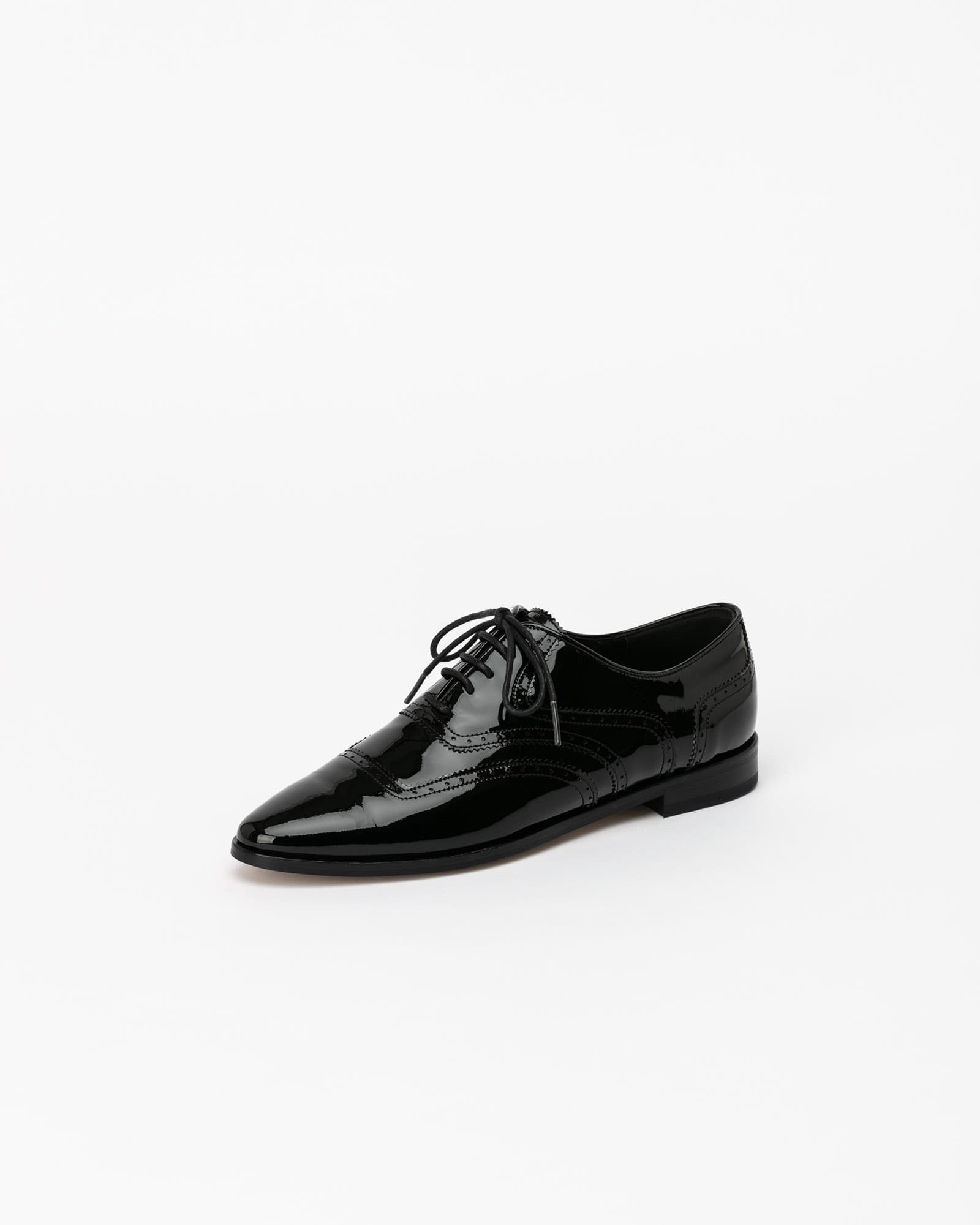 Celsius Oxford Shoes in Black Patent