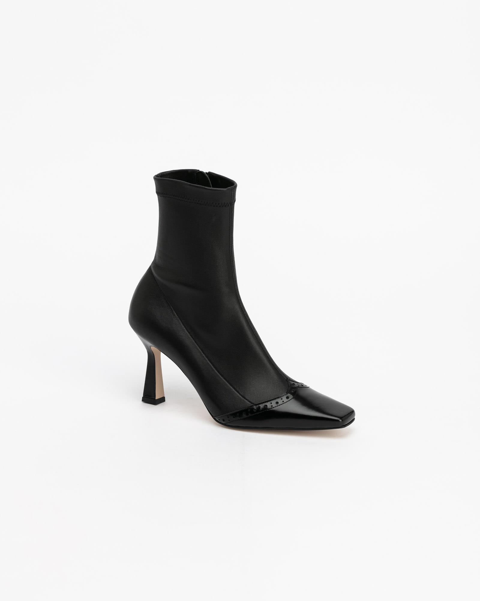 Feroni Spandex Leather Boots in Black