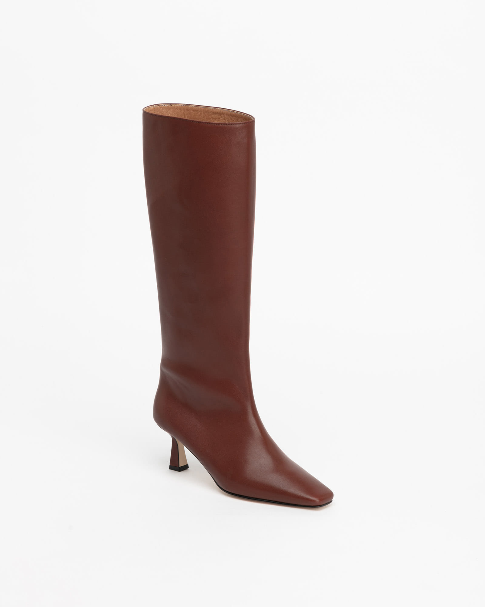 LOB Boots in Tender Brown