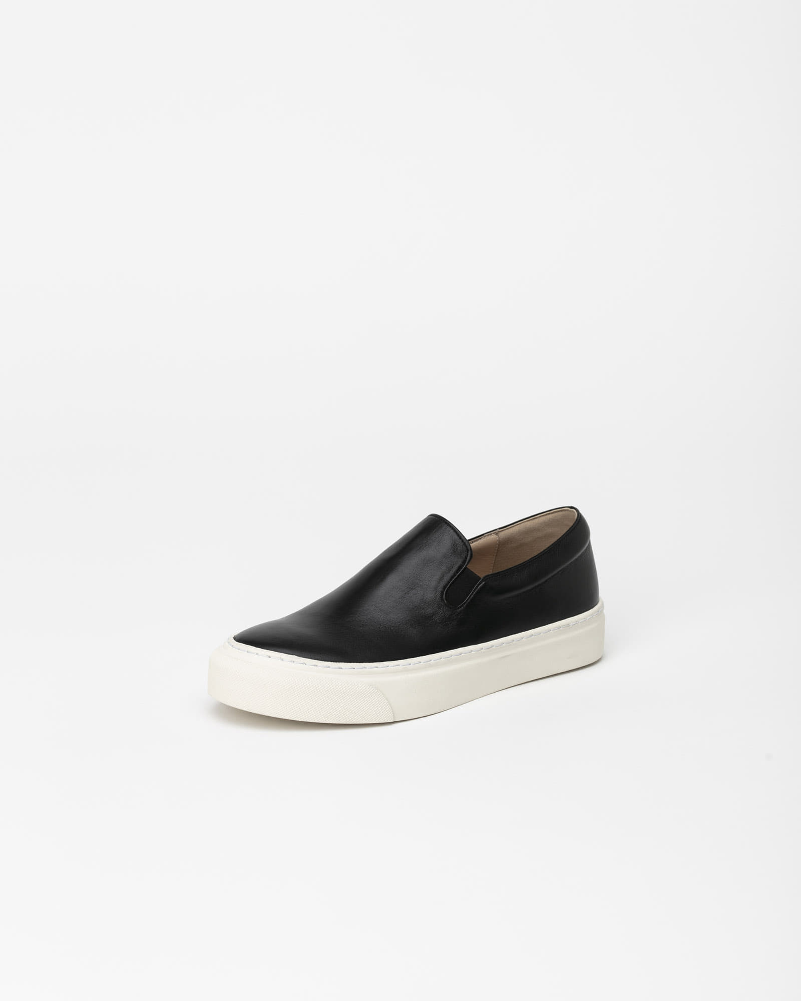 Palo Slip-on Sneakers in Black