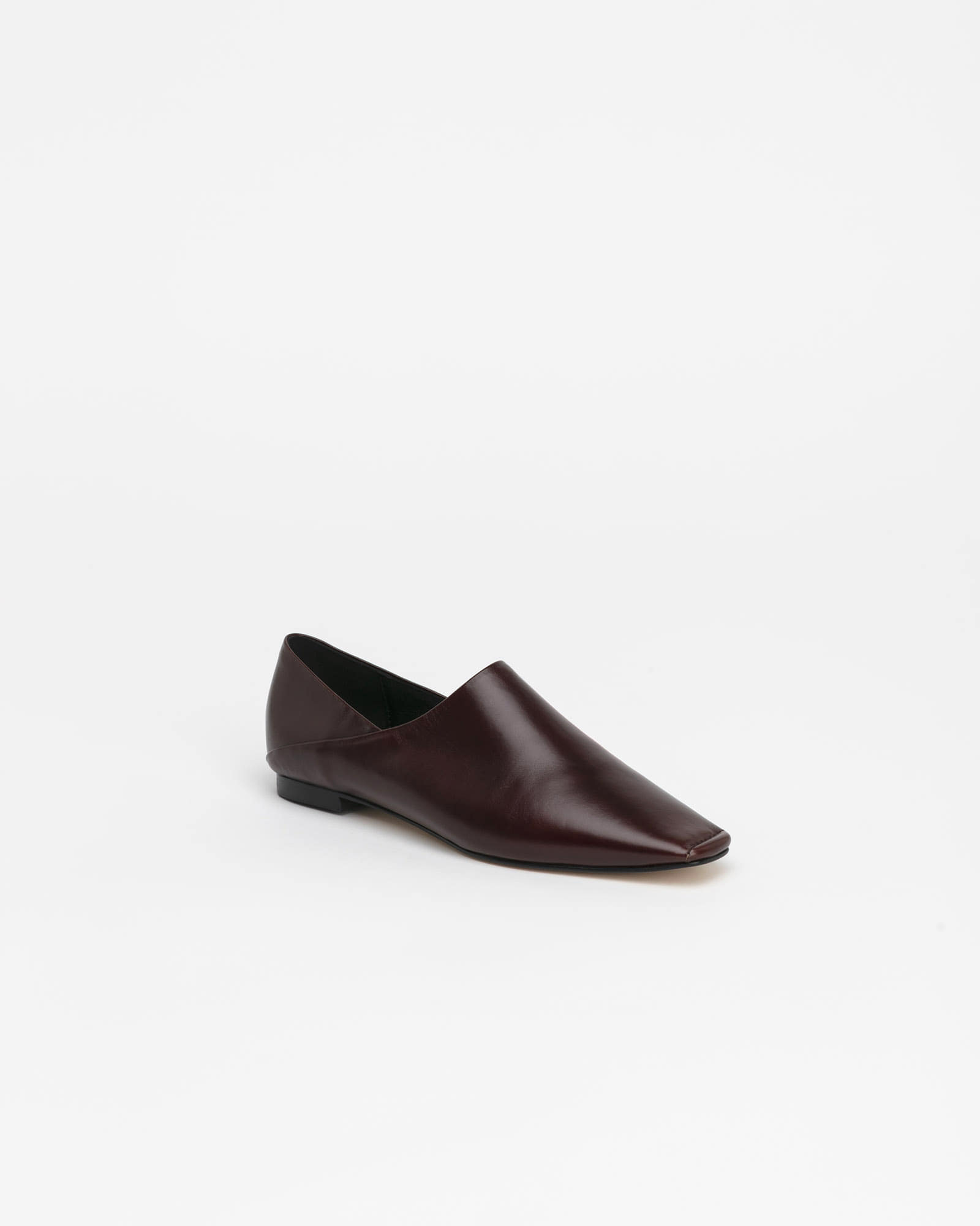 Vessel Flat Shoes in Textured Wine
