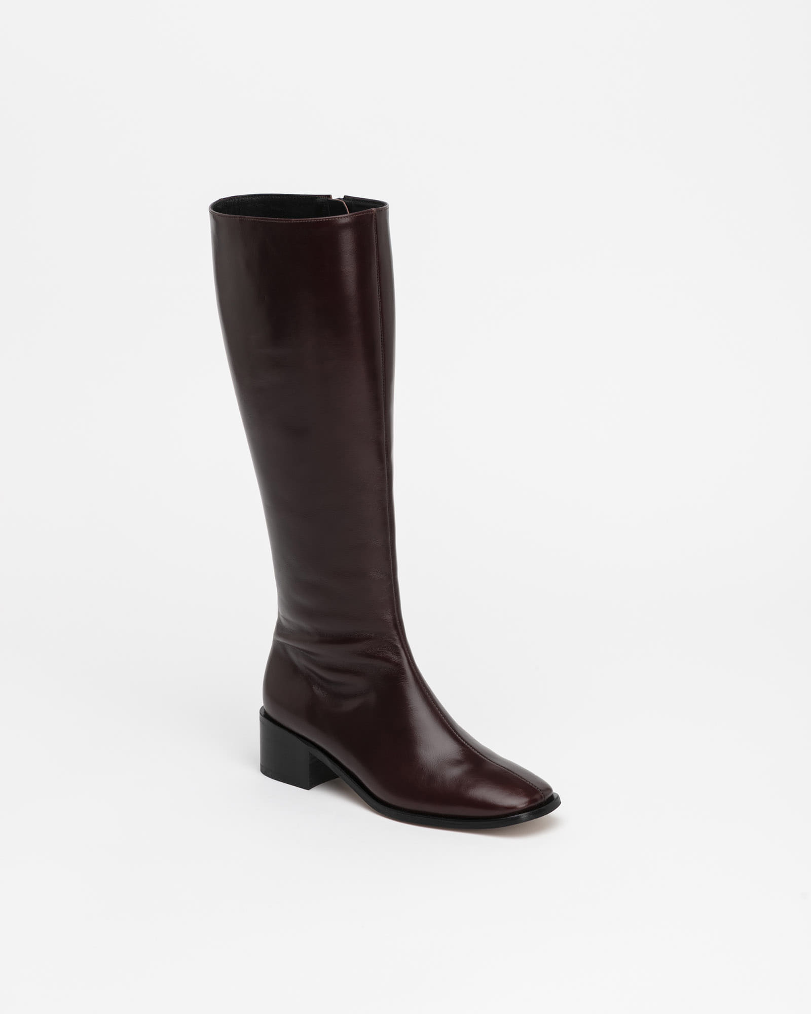 Beaucoup Riding Boots in Textured Wine