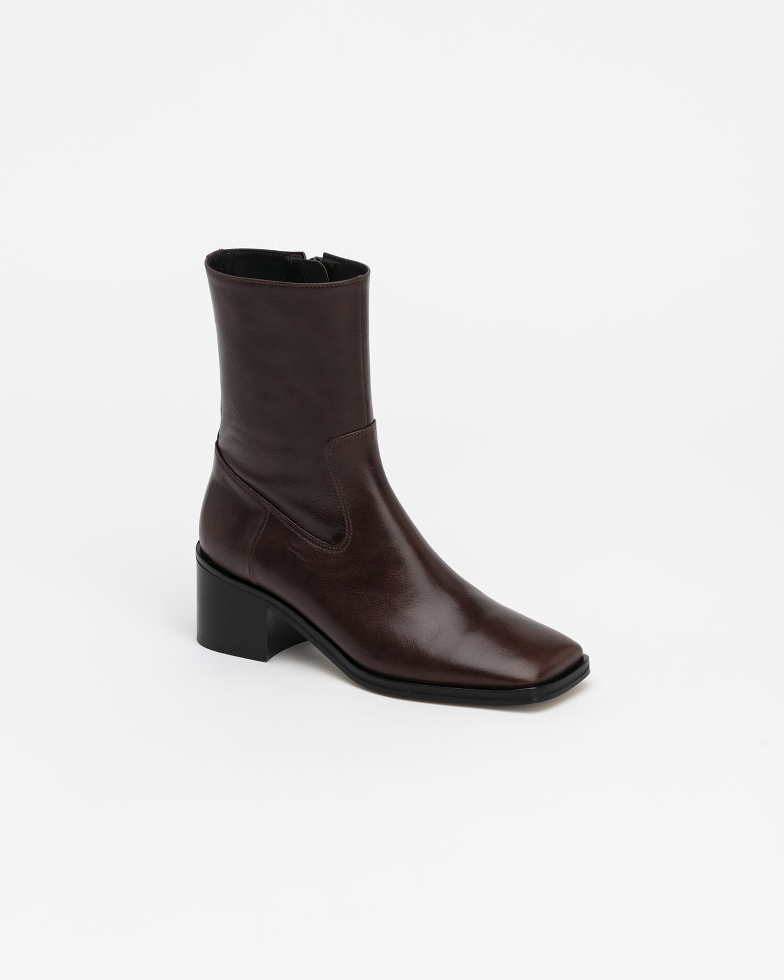 Ramos Boots in Textured Brown