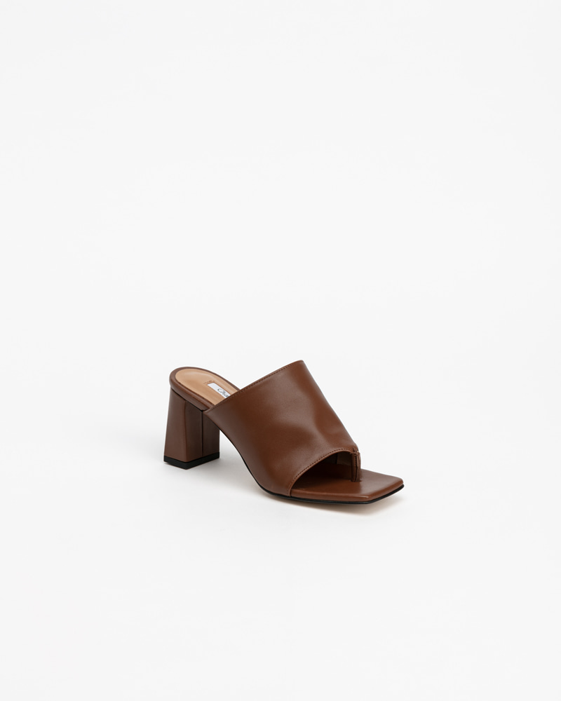 Alto Thong Mules in Regular Brown