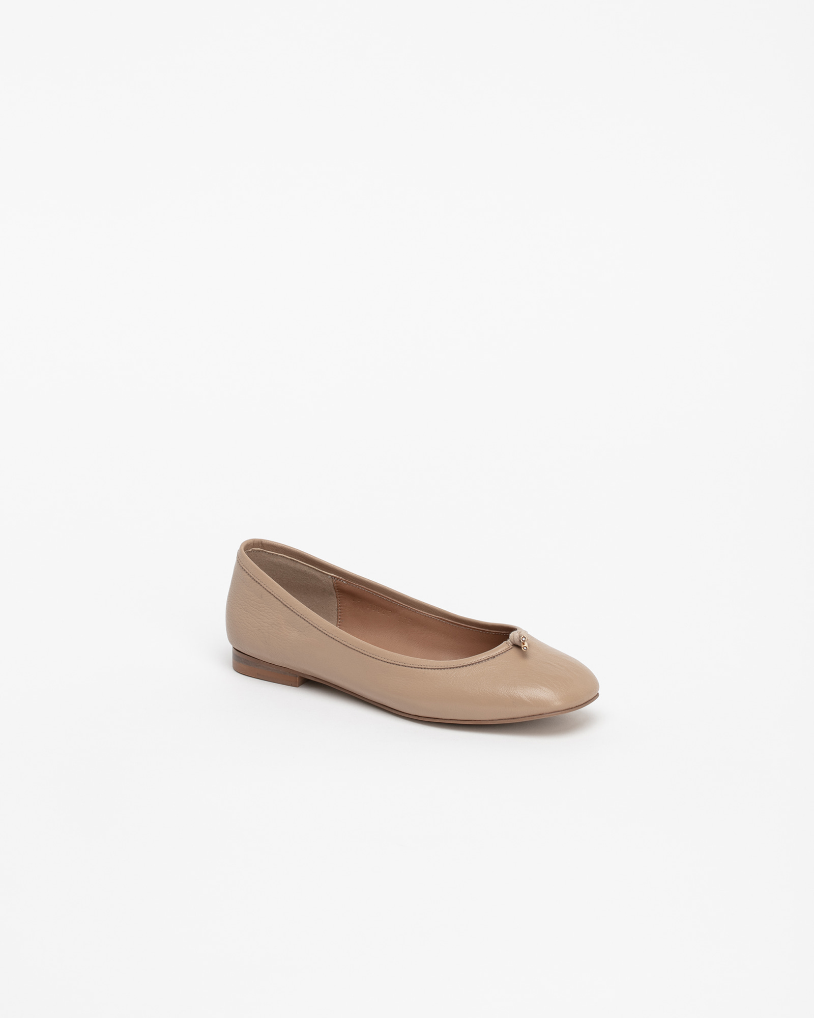 Meringue Soft Flat Shoes in Beige