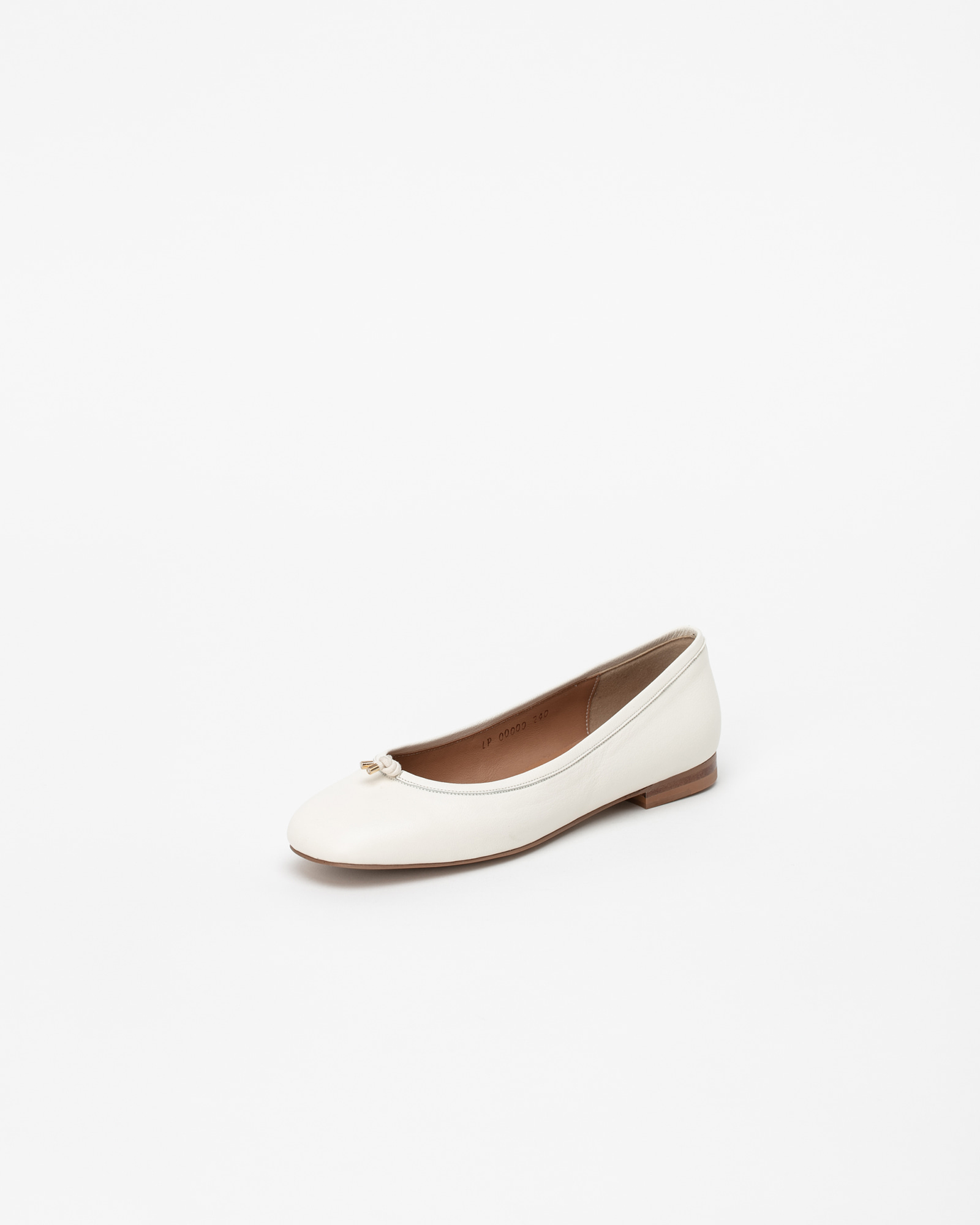Meringue Soft Flat Shoes in White